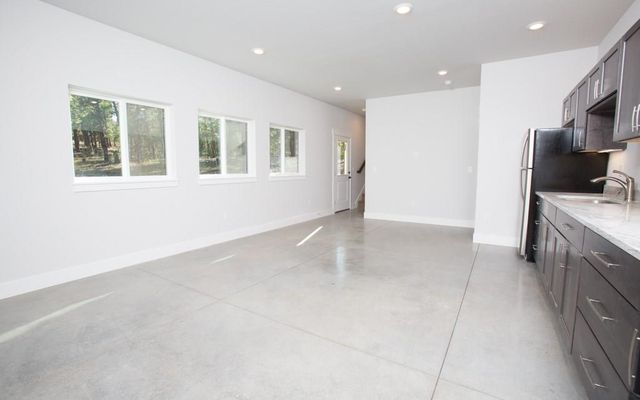 691 Green Bottle Circle - photo 19