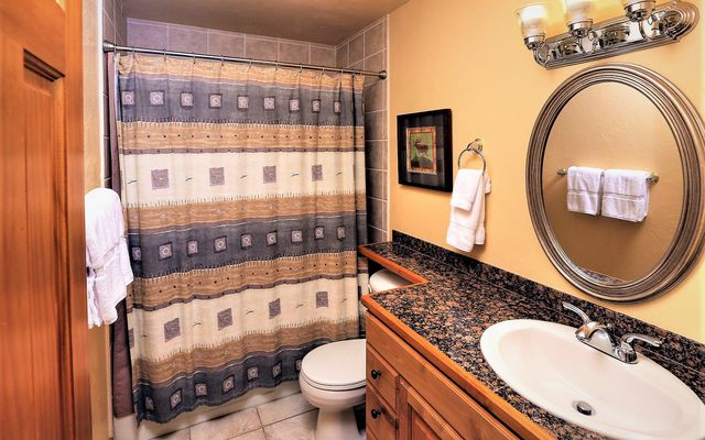 Avon Lake Villas # o2 - photo 5