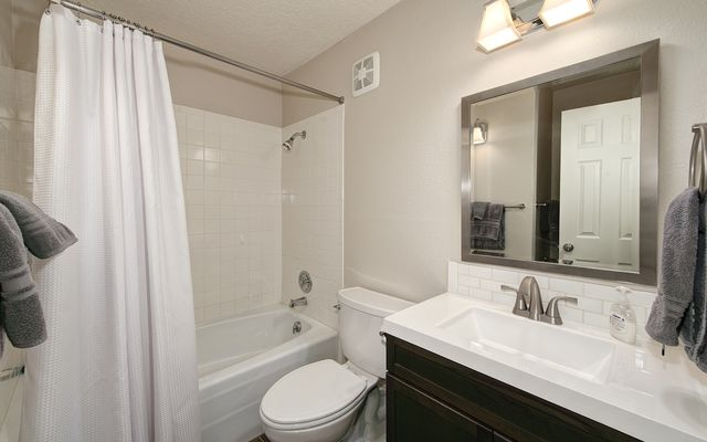 Mountain Meadows Condo # 304 - photo 12