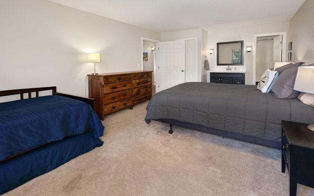 Mountain Meadows Condo # 304 - photo 14