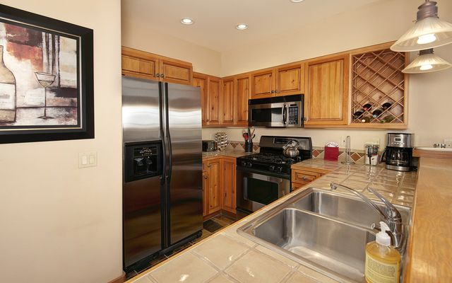 Elk Run Villas Condo # 9577  - photo 4