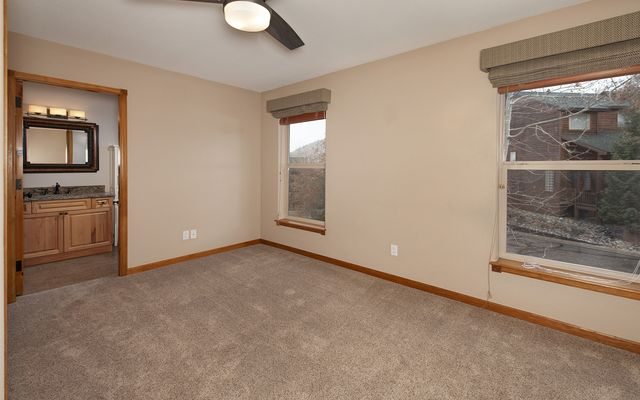 Lookout Ridge Townhomes # 31 - photo 17