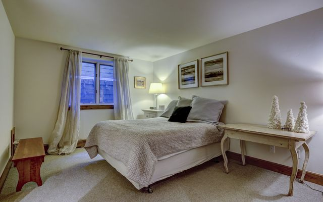 36 Ambleside Place - photo 16