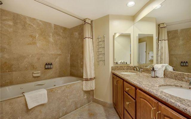 Chateaux Condominium Hotel 1044 - photo 20