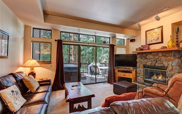 Village Point Townhomes At Breck 106 - photo 1