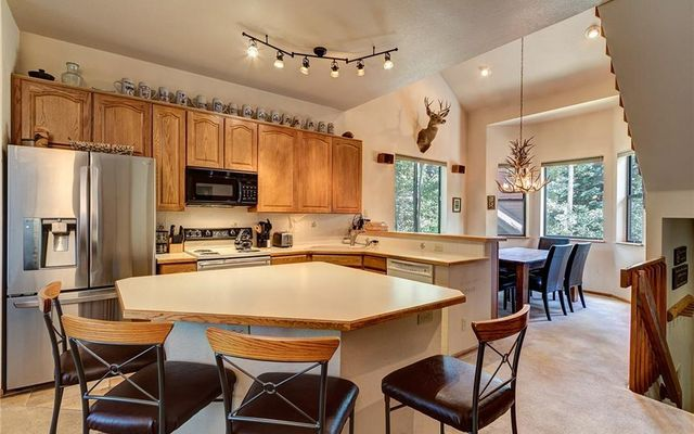Village Point Townhomes At Breck 106 - photo 5