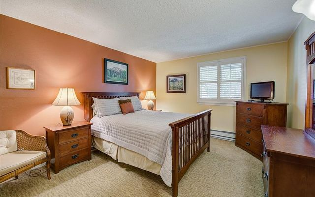 Dillon Bay In Corinthian Hill Condo 202 D - photo 11