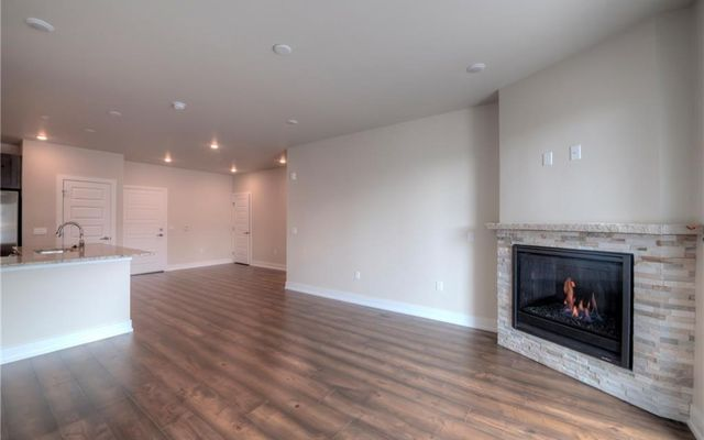 Sail Lofts 1106 - photo 3