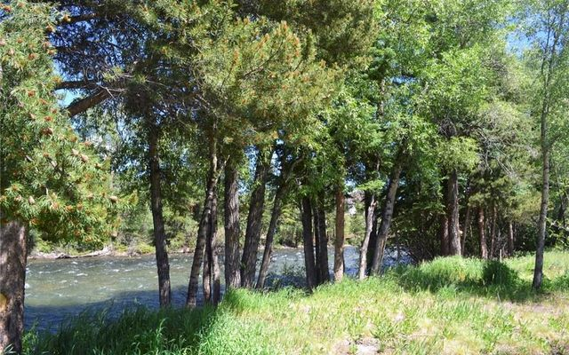 River West Condos 515 - photo 17