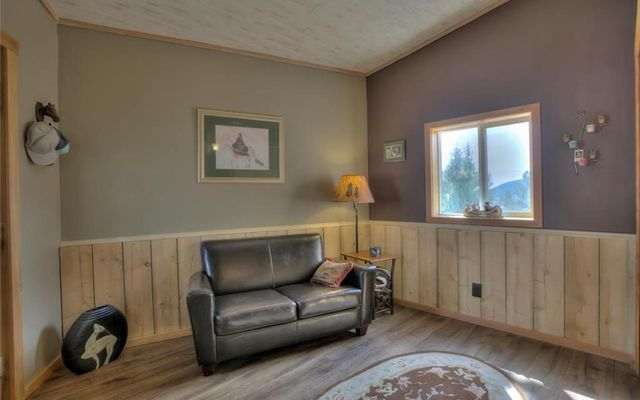 986 Sheep Ridge Road - photo 15