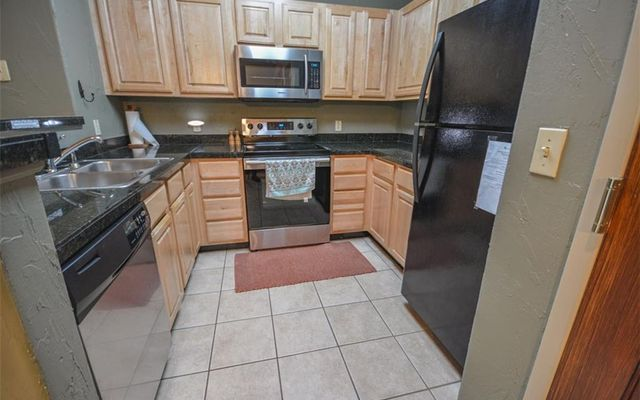 Gateway Condo 5074 - photo 11
