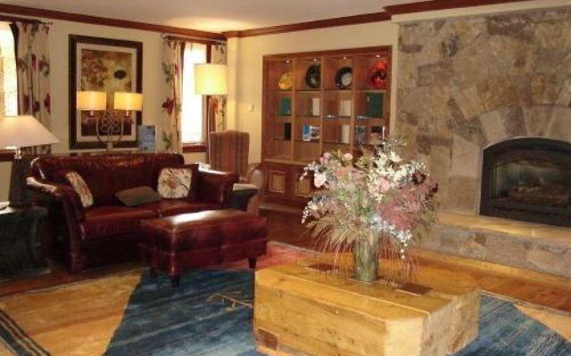 Valdoro Mountain Lodge Condo 217  - photo 12