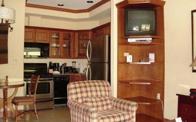 Valdoro Mountain Lodge Condo 304  - photo 7