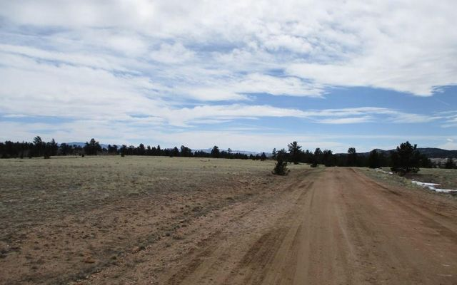 1072 Yellowstone Road - photo 8