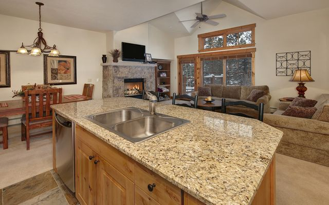 Mountain Thunder Townhomes 401 - photo 2
