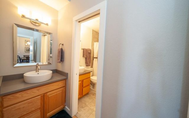 Lake Forest Condominiums 206e - photo 17