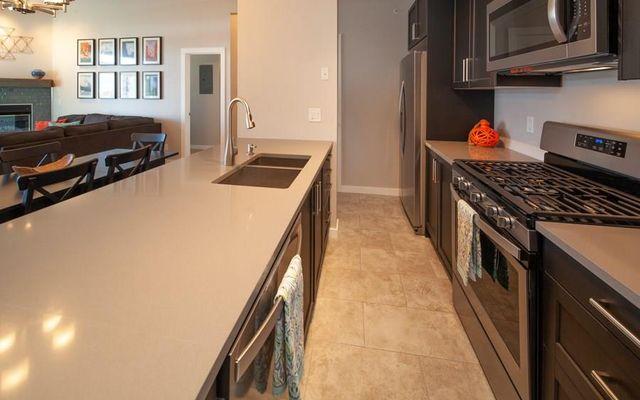 Lake Forest Condominiums 206e - photo 8