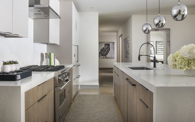 Ritz-Carlton Residences # R-624 - photo 10
