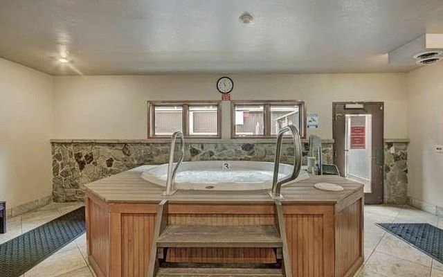 Tyra Iv Riverbend Lodge Condo 212 - photo 12