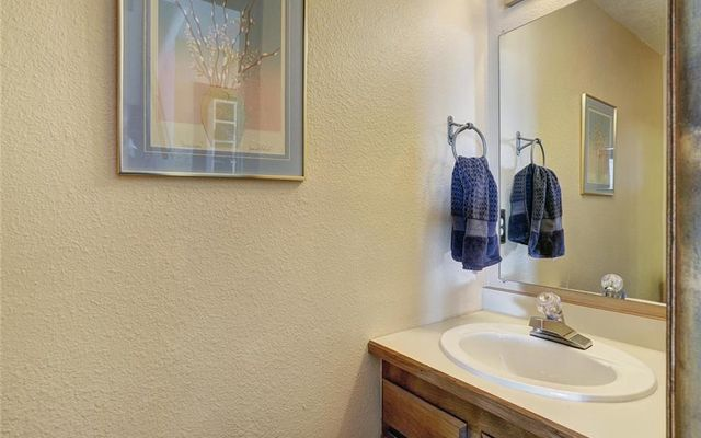 Pine Point Townhomes 922 - photo 15