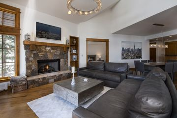1087 Bachelor Ridge # 201 Avon, CO 81620
