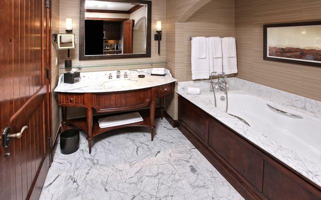Ritz Residential Suites # hs655 - photo 4