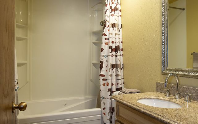 The Seasons @ Avon-Residential # 221 - photo 12