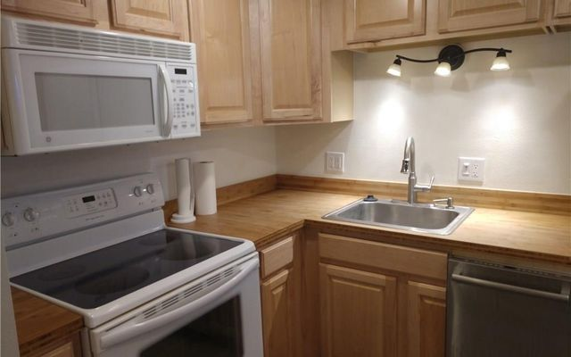 Copper Valley Condo b2 - photo 8