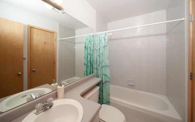 Lagoon Town Homes B - photo 20