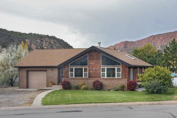 165 River View Road Gypsum, CO 81637