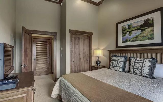Crystal Peak Lodge Condos 7503 - photo 21