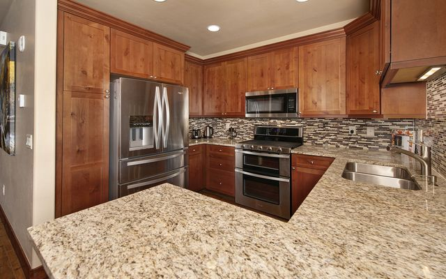 Rivers Edge Condo 24 - photo 3