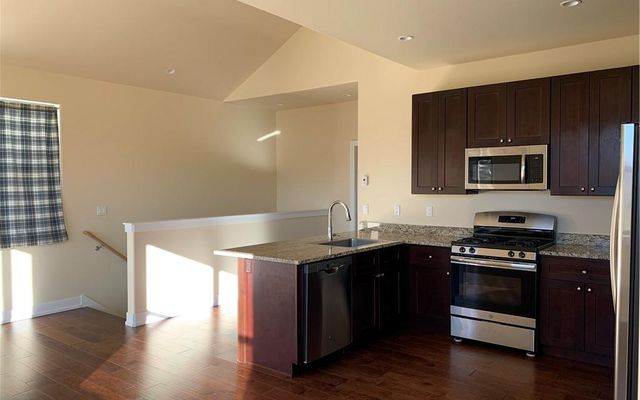 West Hills Townhomes 6b - photo 3