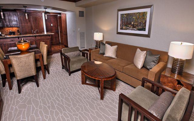 Ritz Residential Suites # hs640 - photo 1