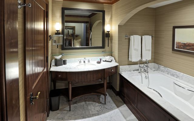 Ritz Residential Suites # hs640 - photo 13