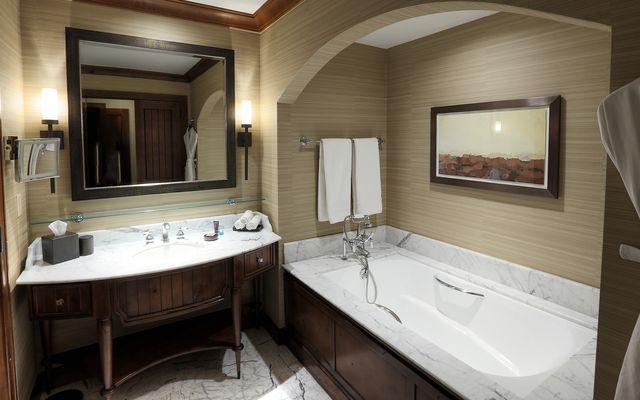 Ritz Residential Suites # hs640 - photo 7