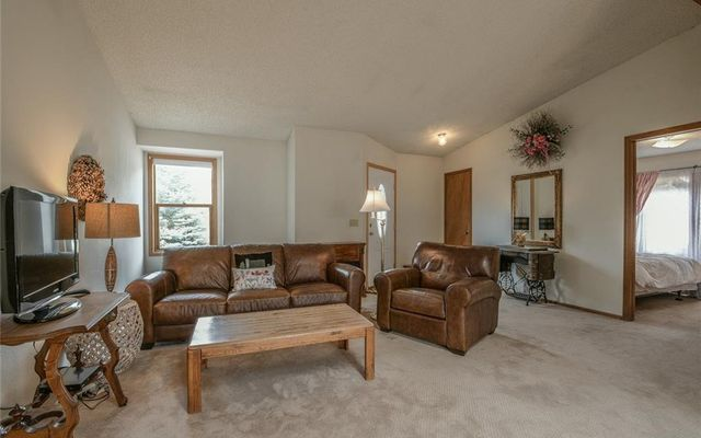 268 Meadow Drive - photo 6