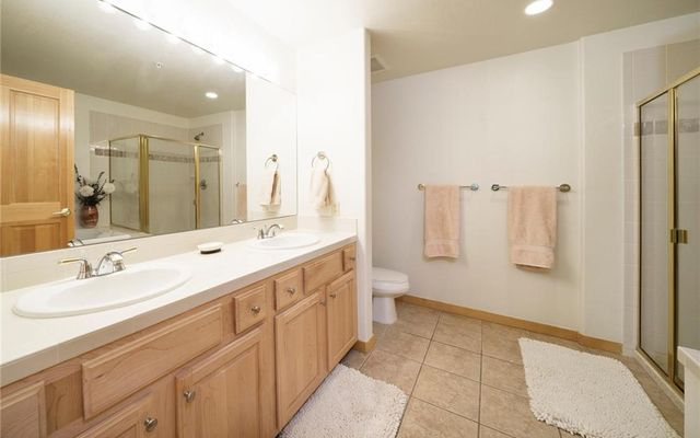 Gateway Condo 5098 - photo 13