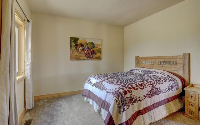 1385 Warpath Court - photo 16