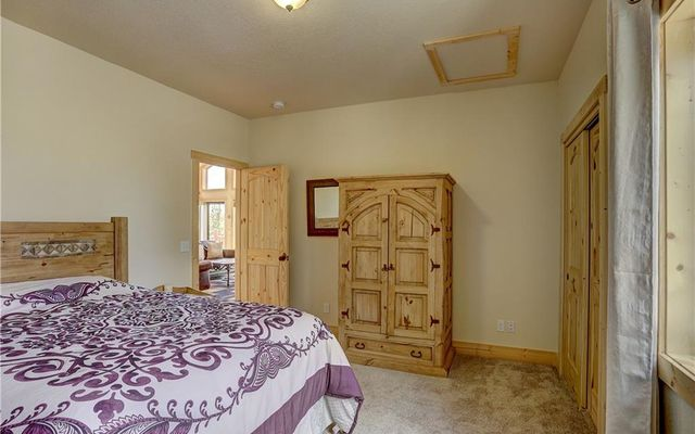 1385 Warpath Court - photo 33