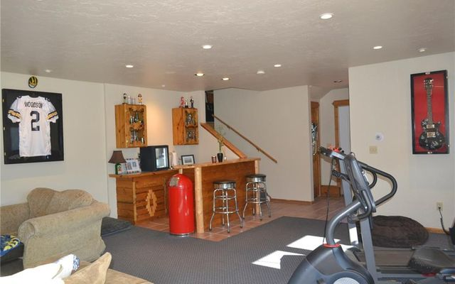 863 Summit Drive - photo 28