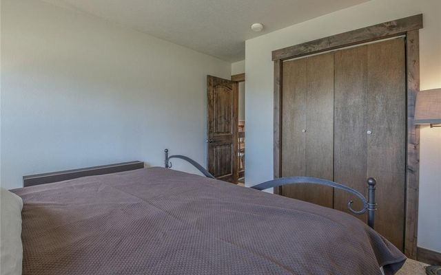421 Tanglewood Lane - photo 15