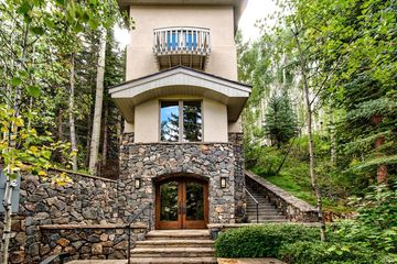 636 Forest Road A Vail, CO 81657