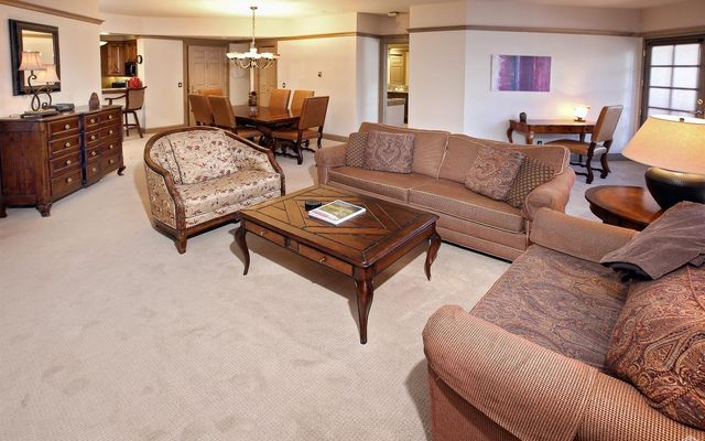 46 Avondale Lane #407 - photo 2