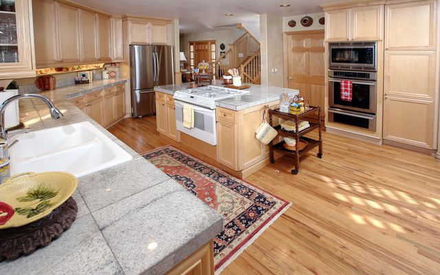 74 Turnberry Place - photo 10