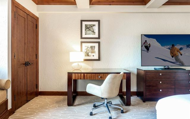 Ritz Residential Suites hs603 - photo 12