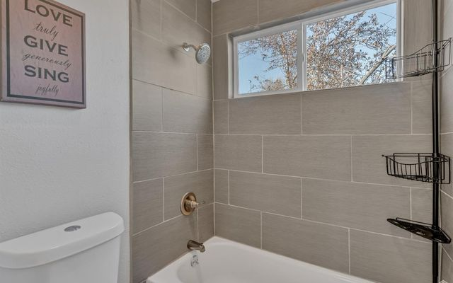 1401 Valentia Street - photo 14