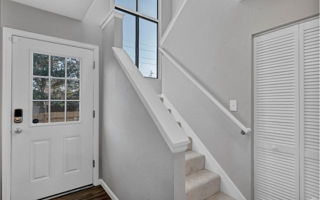 1401 Valentia Street - photo 2