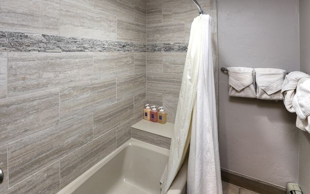 46 Avondale Lane #408 - photo 13