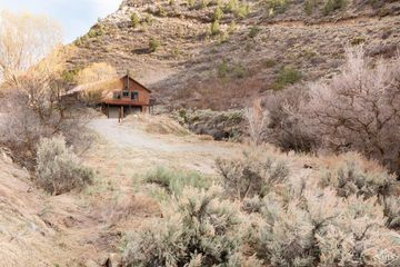 1011 314 COUNTY RD New Castle, CO